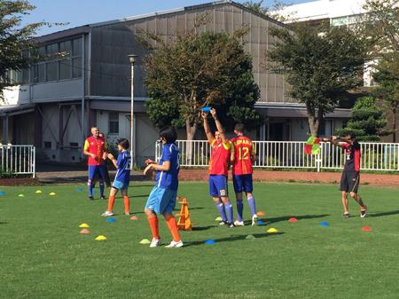 ルーマニアの伝統スポーツ「オイナ」と日本の伝統文化に基づいた新スポーツ「スポーツ鬼ごっこ」の国際交流試合1