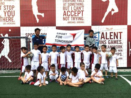 ベトナム・ハノイにおけるサッカー教室2