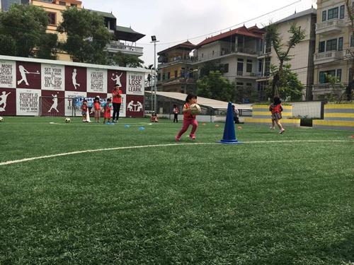 ベトナム・ハノイにおけるサッカー教室6