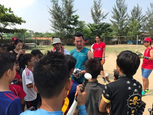 ミャンマー野球普及活動1