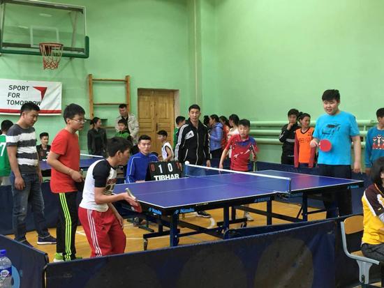 日本卓球協会による中古卓球用具の寄付活動3