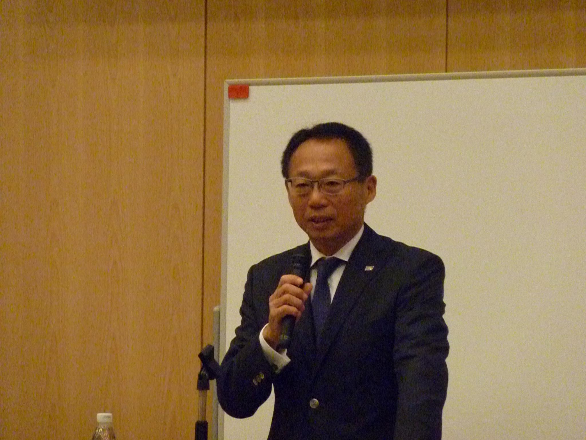 岡田武史・サッカー元日本代表監督 講演会1