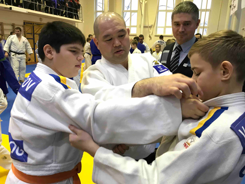 Dispatching Judo coaches as a 25th commemoration project of Japan-Ukraine diplomatic relationship4