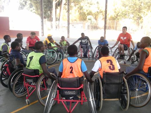 ジンバブエにおける障がい者スポーツ普及講習会1