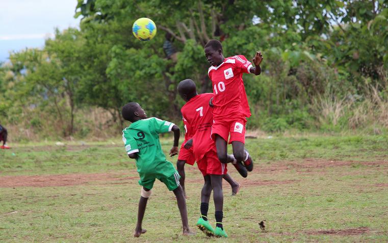 ウガンダ北部の南スーダン難民居住地における教育支援4