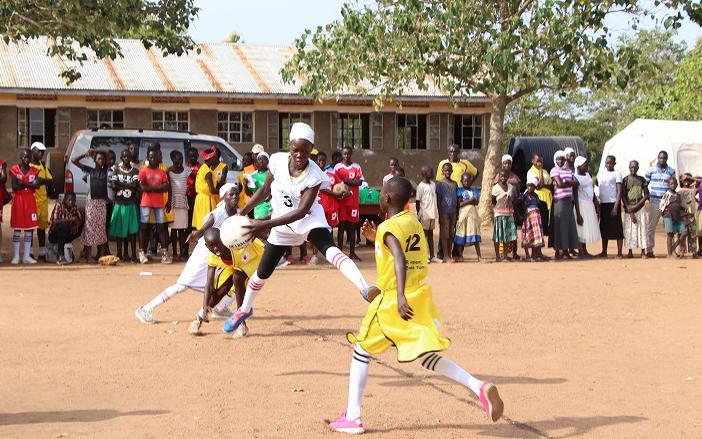 ウガンダ北部の南スーダン難民居住地における教育支援2