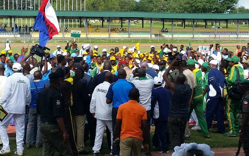 ナイジェリア連邦青年スポーツ省へのスポーツ用品寄贈式2