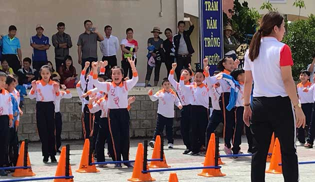 【Vietnam】Project for introducing, spreading and promoting the Mizuno Hexathlon Exercise in primary compulsory education2