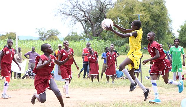 ウガンダ北部の南スーダン難民居住地における教育支援(第 2 期)1