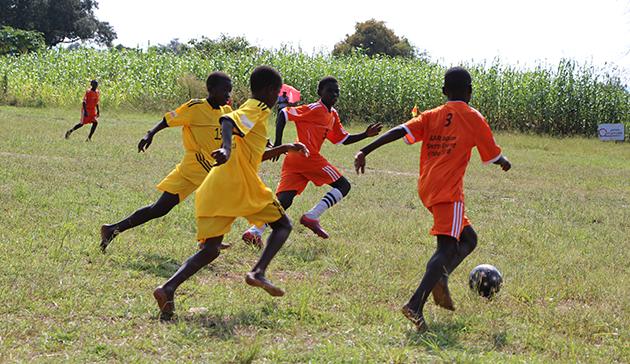 ウガンダ北部の南スーダン難民居住地における教育支援(第 2 期)3