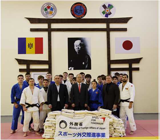 【スポーツ外交推進事業】モルドバへの柔道着の提供3