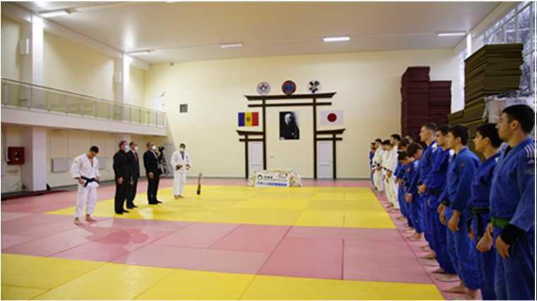 【スポーツ外交推進事業】モルドバへの柔道着の提供1